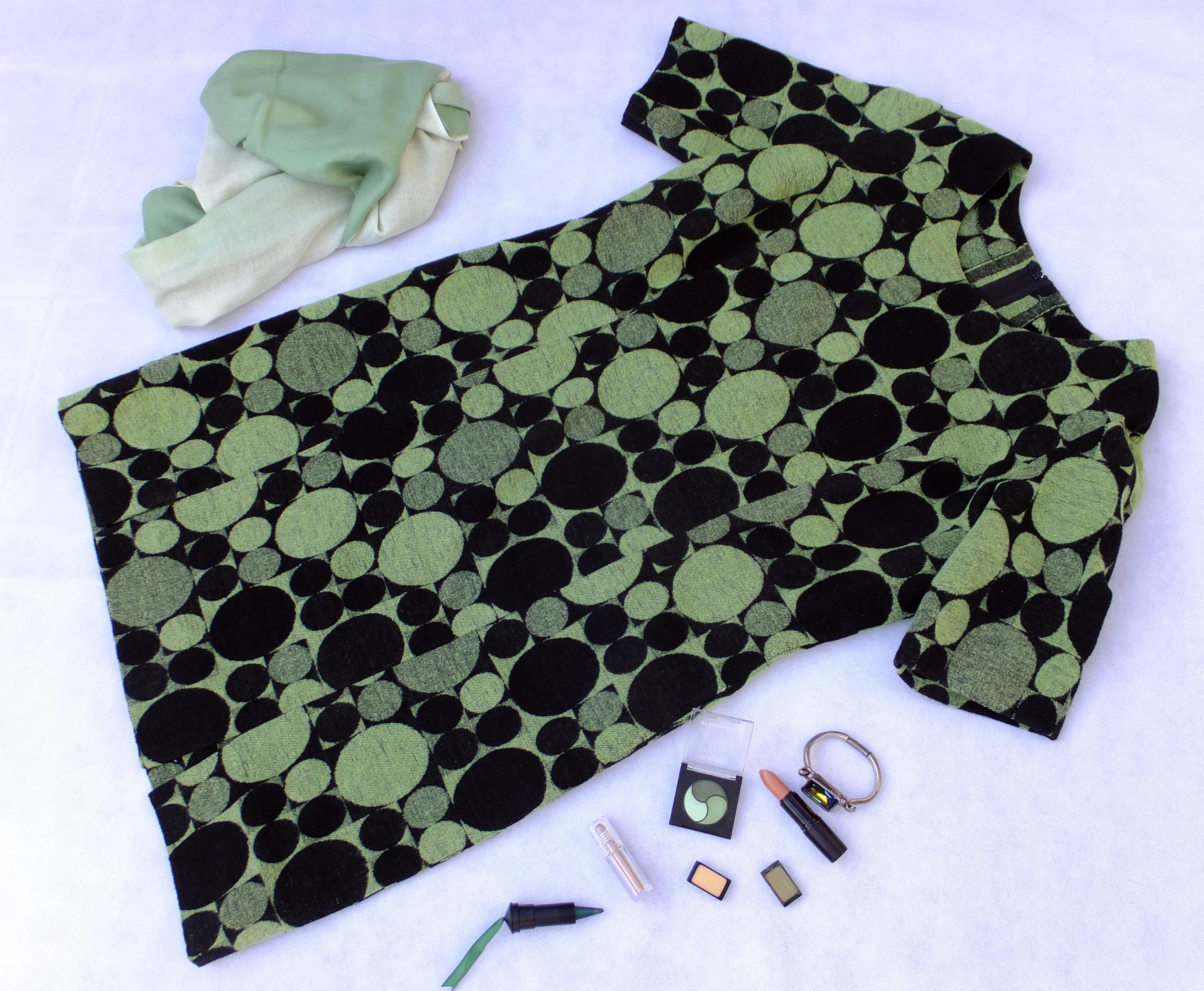 Lunares verdes y negros 3