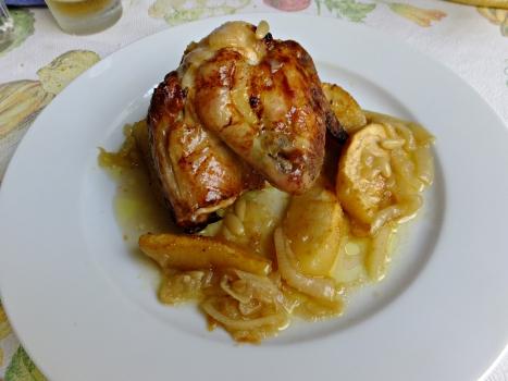 Pollo manzana piñones 13