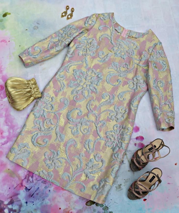 Vestido brocado dorado 2