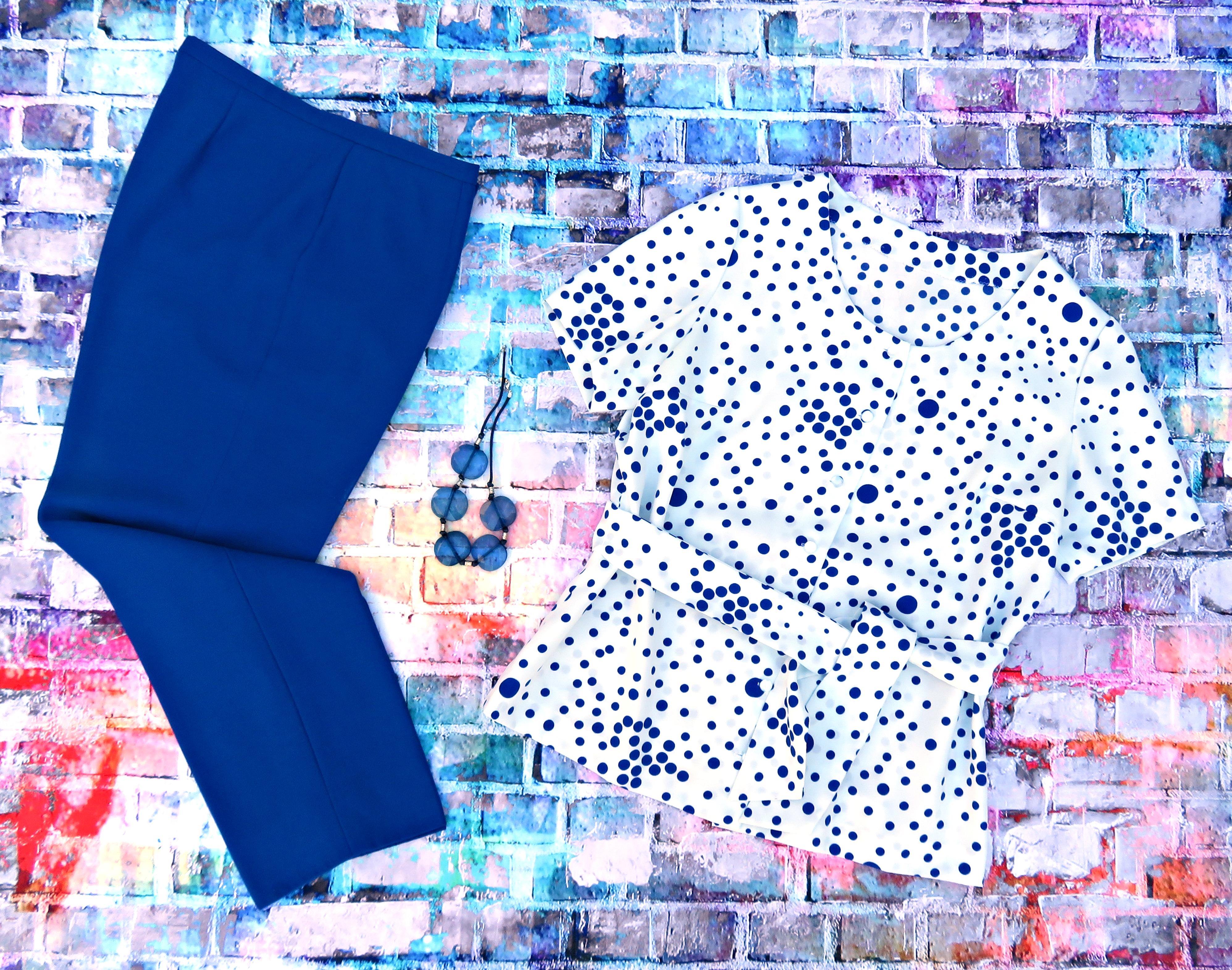 Pantalón azulón blusón lunares 1